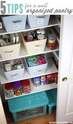 5 TIPS for a Well Organized Pantry | thecelebrationshoppe.com #bakerspantry #organization #home