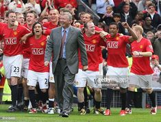 The Manchester United celebrate after the Barclays Premier League match between Manchester United and Arsenal at Old Trafford on May 16 in Manchester, England. Barclay Premier League, Premier League Matches, Old Trafford, Man United, Cristiano Ronaldo, Manchester United, Arsenal, The Unit, Football