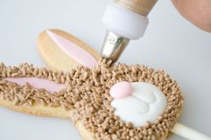 How to make a bunny cookie lolly 6