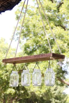 Mason Jar Lights - Outdoor Mason Jar Chandelier - DIY Ideas with Mason Jars for… Mason Jar Projects, Mason Jar Crafts, Diy Projects, Outdoor Projects, Outdoor Ideas, Mason Jar Chandelier, Outdoor Chandelier, Chandeliers, Jar Lamp