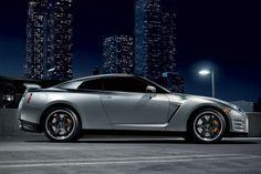 2013 GT-R http://www.glennnissan.com/nissan-gt-r-cars-lexington