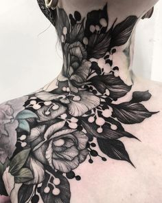 Such a Beautyful tattoo. Who knows the artist? Time Tattoos, Leg Tattoos, Black Tattoos, Arm Tattoo, Body Art Tattoos, Portrait Tattoos, Filagree Tattoo, Full Neck Tattoos, Samoan Tattoo