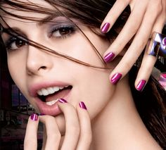 Express Finish 50 Second Nail Color Model Shot 104322