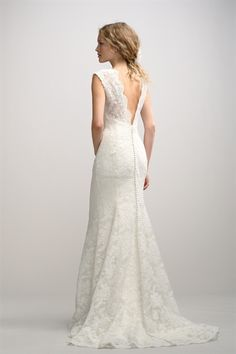 Ivory Lace Wedding Gown, Lace Vintage Wedding Dresses, Wedding Dresses I think Drew would love me in this