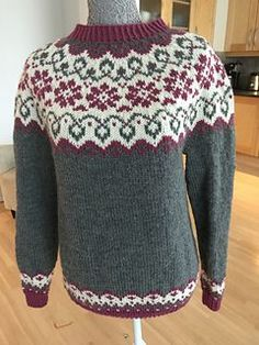 Ravelry: Sundrops / Solgløtt pattern by Vanja Blix Langsrud Fair Isle Knitting Patterns, Fair Isle Pattern, Baby Sweater Patterns, Icelandic Sweaters, Hand Knitted Sweaters, Christmas Knitting, Christmas Sweaters, Knit Crochet, Ravelry