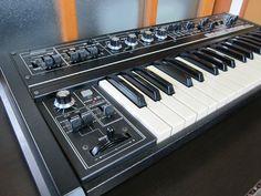 MATRIXSYNTH: Roland SH-2 Vintage Analog Synthesizer