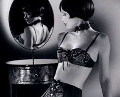 Film Noir Lingerie Black Lace, Ruffles and Bows for the Fashionable Femme Fatale (GALLERY)