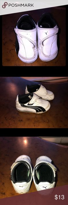 Baby Pumas Shoes Sneakers  I'm very good condition  No flaws  Size 5 Puma Shoes Sneakers