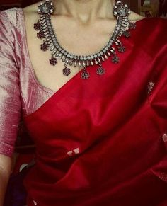 Five Best Saree Blouse Designs – Fashion Asia Trendy Sarees, Stylish Sarees, Fancy Sarees, Indian Attire, Indian Outfits, Indian Wear, Indian Dresses, Saris Indios, Vestidos