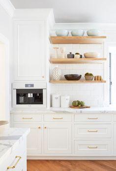 Shelves for eat in