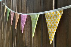 Pink Stitches: DIY Pennant Banner with ribbon Diy Banner, Pennant Banners, Bunting Banner, Quilting Projects, Sewing Projects, Sewing Ideas, Safari Birthday Party, 5th Birthday, Birthday Ideas