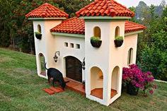 Mediterranean style doghouse....perfect for CA!