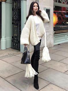 Free Ideas Gorgeous Crochet Cardigan Patterns for Women New 2020 - Page 10 of 30 - crochetsample. Long Cardigan, Long Sleeve Sweater, Winter Dress Outfits, Outfit Winter, Crochet Cardigan Pattern, Plus Dresses, Knit Fashion, Cardigans For Women, Knitwear