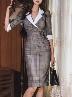 Plaids Slim Fit Turn-down Collar Seven-Tenths Sleeves Dresses - Work Outfits Women Mode Outfits, Dress Outfits, Fashion Dresses, Midi Dresses, Woman Dresses, Woman Outfits, Floral Dresses, Elegant Dresses, Sexy Dresses