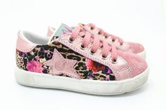 Naturino flower power #naturino #kinderschoenen #kids #zomer #fashion #prints