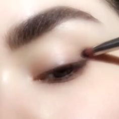 Ideas For Eye Hazel Makeup Natural Tutorial Hazel Eye Makeup, Asian Eye Makeup, Eyebrow Makeup, Makeup Inspo, Makeup Art, Makeup Tips, Hair Makeup, Bridal Eye Makeup, Wedding Makeup