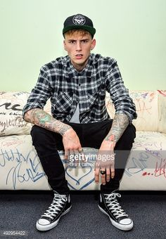 {Machine Gun Kelly} Hey I'm Kelly, I'm 18. I'm a senior, I'm chill and relaxed I like to just have fun and kinda see where life takes me so