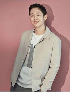 Jung hae in Handsome Asian Men, Handsome Anime Guys, Korean Star, Korean Men, Korean Celebrities, Korean Actors, Ji Chang Wook Smile, Jung In, Smiling Man