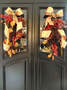 Falling Into Autumn...door decor.  There are lots of beautiful fall decorating ideas on this site.
