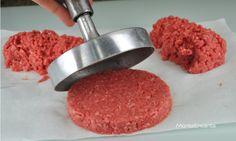 Hambúrguer, discos de Carne Moida para Sanduiche - Coma apenas 3 dicas, você vai conseguir reunir os amigos e comemorar com o Melhor Hamburguer da Sua Vida!