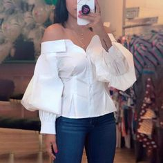 Casual Shirt Lantern Sleeve Off Shoulder Blouse 2019 Women Elegant Fashion White Basic Office Top Brief Ruched blusas Trend Fashion, Look Fashion, Womens Fashion, Fall Fashion, Feminine Fashion, Vogue Fashion, Cheap Fashion, Ladies Fashion, Looks Plus Size