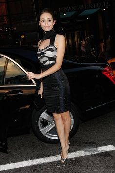 Emmy Rossum Photos - Mercedes-Benz Presents Fashion Week Spring 2010 People & Atmosphere - Day 6 - Zimbio