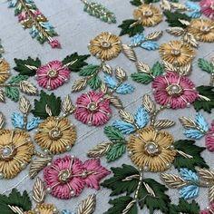 Aami the dream couture s 615 media analytics – Artofit Zardozi Embroidery, Embroidery On Kurtis, Kurti Embroidery Design, Embroidery Neck Designs, Hand Embroidery Flowers, Hand Work Embroidery, Embroidery On Clothes, Couture Embroidery, Embroidery Motifs