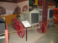 Bates Model D Steel Mule tractor (1921), Heidrick Museum, Woodland, CA