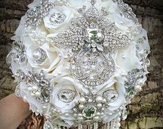 Glam Brooch Bouquet in White and SIlver by Elegantweddingdecor