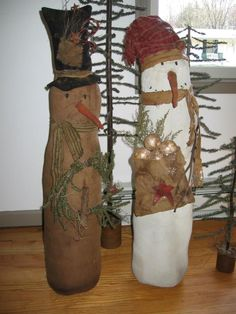 Primitive snowmen designed and handmade by Seasonal Prims