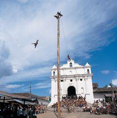 Palos Voladores (Flying Pole), Iglesia de Santo Tomas Chichicastenango