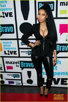 Nicki minaj all black outfit