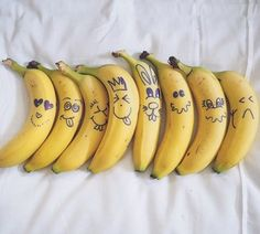 Spoiler alert: melhora o humor e combate o envelhecimento. Yes, nós temos bananas!