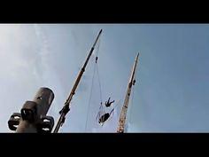 Estilingue Humano, Dubai, de 0 a 200km/h, 90m de altura.