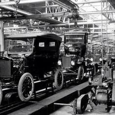 """@bsfparts's photo: """"This #ModelT assembly line is awesome! #Ford #throwbackthursday"""""""