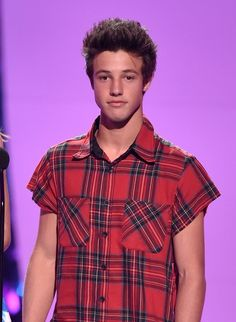 Does Cameron Dallas Have a Girlfriend? The Vine Star Is Up for Some Parasailing Dates