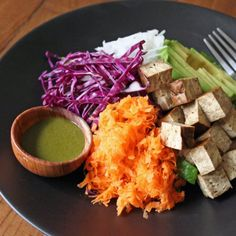 Match a Bento Salad With Matcha Dressing