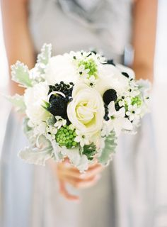 Ranunculus, Privit Berries,, Dusty Miller, Star of Bethlehem, Thistle