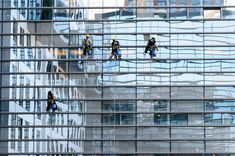 Houston window cleaner service is the one to choose. Window Cleaning Company Houston is the company you can call on at