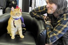 PICTURES: Bob The Street Cat Comes To Derby