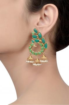 Gold Jewelry In Pakistan Fancy Jewellery, Silver Jewellery Indian, Stylish Jewelry, Fashion Jewelry, Women Jewelry, Jewelry Design Earrings, Ear Jewelry, Unique Earrings, Gold Jewelry