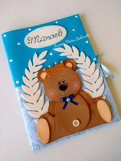 Capa para caderneta de vacinação em Eva ursinho Príncipe Baby Birthday Card, Foam Sheets, Foam Crafts, Burlap, Pokemon, Lily, Teddy Bear, Classroom, Baby Shower