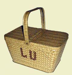 Biscuit Company: Lefevre-Utile  Title: Basket (reproduction)  Date: c1900
