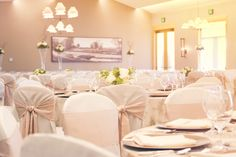 Hazeltine's Ballroom is a lovely backdrop for your reception.  Photo by http://www.bellagala.com/