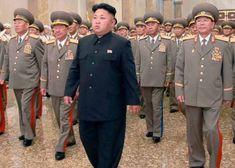 """Pyongyang non farà alcun passo indietro sul nucleare, pur comprendendo ed essendo a favore dell'eliminazione totale di tali armi, non firmerà il Tratto sul bando, fin quandogli Usa saranno una minaccia per il regno eremita. """"Da troppo tempo laCorea del Nord subisce una minaccia nucleare dagli Stati Uniti"""" ha dichiarato Kim Jong-un.   #corea del nord #corea del sud #guerra nucleare #Kim Jong Un #trump #Usa"""