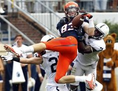 Virginia Cavaliers TE Jake McGee makes a one-handed 44-yard reception against Penn State. Six plays later he would make the game-winning TD catch to seal UVA's nationally-televised 17-16 victory over the Nittany Lions.