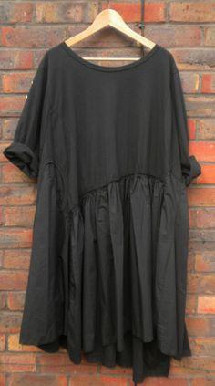 BNWT THIS SEASON AVANT GARDE BLACK DRESS BY TOP DESIGNER RUNDHOLZ ONESIZE