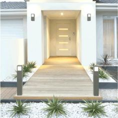 Idea alley in composite wood – Our plain foot in Moselle by jomob on Foru … – entrance Entrance Design, House In The Woods, Nice, Habitats, Bungalow, Stairs, Outdoor Decor, Home Decor, Door Entry