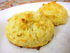 Easy Drop Biscuits - yummm, now I just need to make the gravy to go with these biscuits.