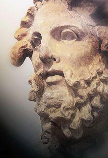 Titán.En la mitología griega, los titanes —masculino— y titánides —femenino— (en griego antiguo Τιτάν, plural Τιτᾶνες) eran una raza de poderosos dioses que gobernaron durante la legendaria edad de oro.